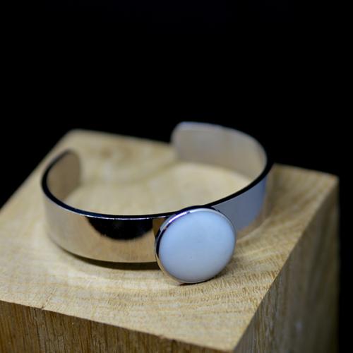 Le-bijou-de-maman-bijoux-de-lait-bracelet-mon-jonc-rond