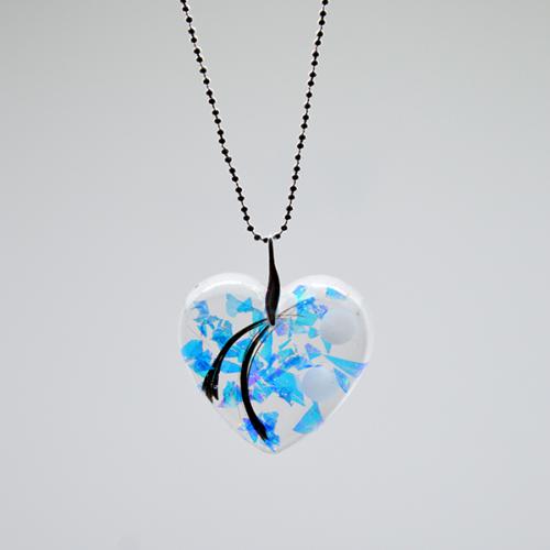 Le-bijou-de-maman-bijoux-de-lait-collier-mon-coeur-transparent-1
